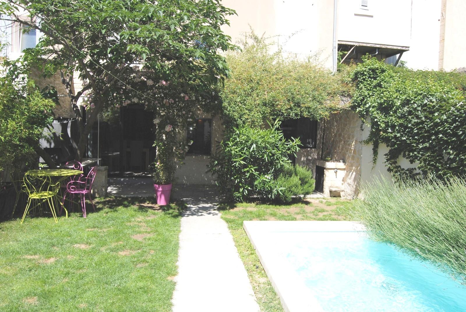 Pertuis maison de village t6 vendre avec jardin piscine garage et cave un t1 de 37 m - Maison jardin public bordeaux vendre tours ...